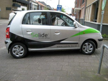 ../../zzauto/autostriping/autostriping-viperstripes_plotpunt_reclame_belettering_stickers__32.JPG